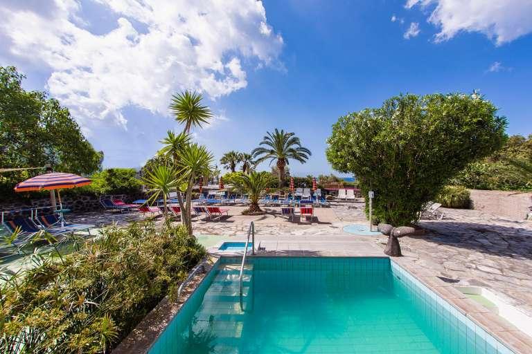 Hotel la mandorla spiaggia dei maronti ischia sito - Bagno italia ischia ...